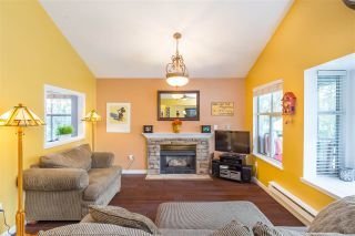 """Photo 3: 66 12099 237 Street in Maple Ridge: East Central Townhouse for sale in """"Gabriola"""" : MLS®# R2363906"""