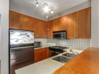 "Photo 4: 1306 4655 VALLEY Drive in Vancouver: Quilchena Condo for sale in ""ALEXANDRA HOUSE"" (Vancouver West)  : MLS®# R2133417"
