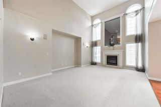 Photo 13: 1197 HOLLANDS Way in Edmonton: Zone 14 House for sale : MLS®# E4242698