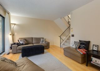 Photo 9: 52 Point Drive NW in Calgary: Point McKay Row/Townhouse for sale : MLS®# A1147727