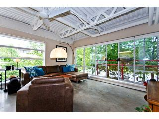 """Photo 2: 331 350 E 2ND Avenue in Vancouver: Mount Pleasant VE Condo for sale in """"MAIN SPACE'"""" (Vancouver East)  : MLS®# V898024"""