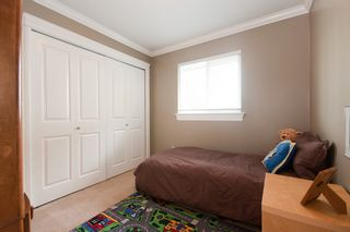 Photo 22: 14490 16A Avenue in South Surrey: Home for sale : MLS®# F1015769