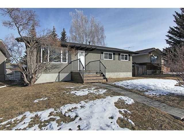 Main Photo: 26 WILSON Street: Okotoks Residential Detached Single Family for sale : MLS®# C3554999