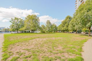 """Photo 38: 805 980 COOPERAGE Way in Vancouver: Yaletown Condo for sale in """"COOPERS POINTE by Concord Pacific"""" (Vancouver West)  : MLS®# R2614161"""