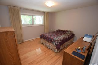 Photo 12: 413 112th Street West in Saskatoon: Sutherland Residential for sale : MLS®# SK864508