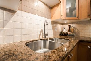 """Photo 14: 102 1725 BALSAM Street in Vancouver: Kitsilano Condo for sale in """"BALSAM HOUSE"""" (Vancouver West)  : MLS®# R2031325"""