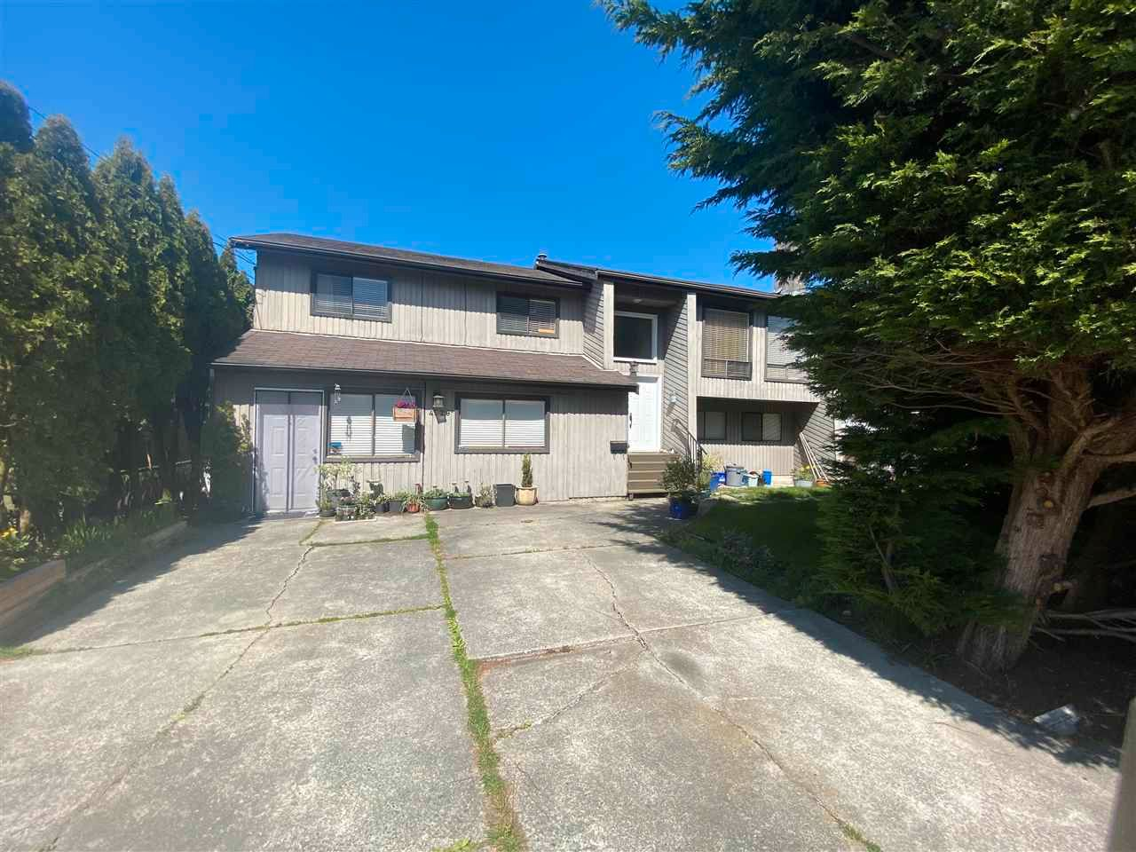 Main Photo: 4529 SAVOY Street in Ladner: Port Guichon House for sale : MLS®# R2577684