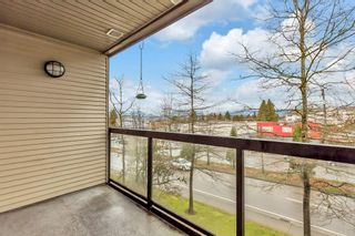 "Photo 7: 318 10866 CITY PARKWAY Parkway in Surrey: Whalley Condo for sale in ""THE ACCESS"" (North Surrey)  : MLS®# R2555337"