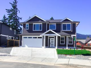 Photo 1: 607 Ravenswood Dr in : Na University District House for sale (Nanaimo)  : MLS®# 882949
