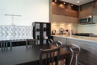 Photo 5: 307 9150 UNIVERSITY HIGH Street in Burnaby: Simon Fraser Univer. Condo for sale (Burnaby North)  : MLS®# R2483480
