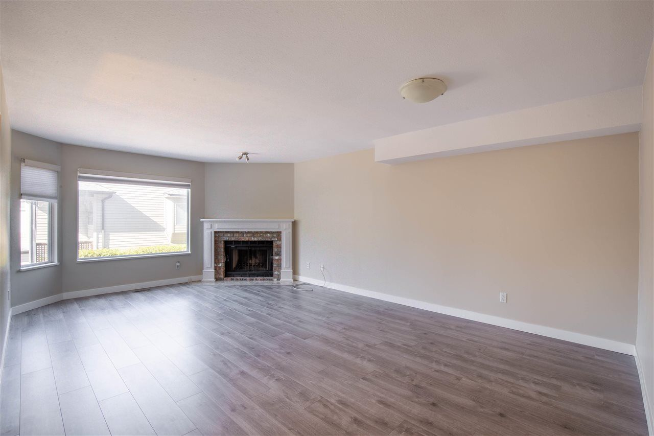 Photo 2: Photos: 3 8751 BENNETT Road in Richmond: Brighouse South Townhouse for sale : MLS®# R2579268