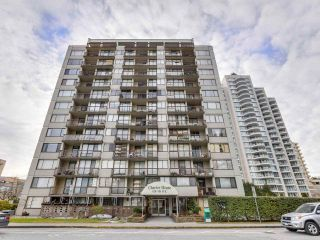 """Photo 1: 706 620 SEVENTH Avenue in New Westminster: Uptown NW Condo for sale in """"CHARTER HOUSE"""" : MLS®# R2391698"""
