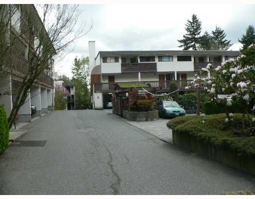 Main Photo: 14 1923 Purcell Way in North Vancouver: Lynnmour Condo for sale : MLS®# V641746