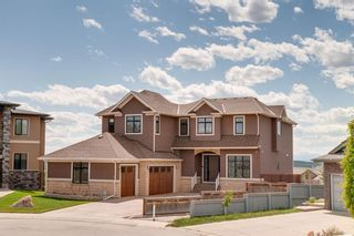 Main Photo: 39 SPRINGBLUFF Point SW in Calgary: Springbank Hill Detached for sale : MLS®# A1116592