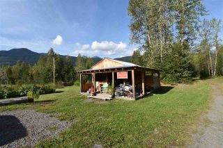 Photo 19: 7515 W 16 Highway: Hazelton House for sale (Smithers And Area (Zone 54))  : MLS®# R2350029