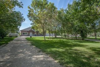 Photo 1: 34108 32E Road in Mitchell: R16 Residential for sale : MLS®# 202122558