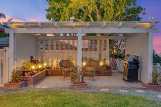 Photo 6: LA JOLLA House for sale : 4 bedrooms : 6226 Castejon Drive