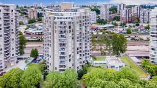 """Photo 2: 105 1135 QUAYSIDE Drive in New Westminster: Quay Condo for sale in """"ANCHOR POINTE"""" : MLS®# R2587882"""