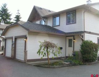 """Photo 1: 6 9539 208TH Street in Langley: Walnut Grove Townhouse for sale in """"COUNTRY BROOK ESTATES"""" : MLS®# F2924918"""