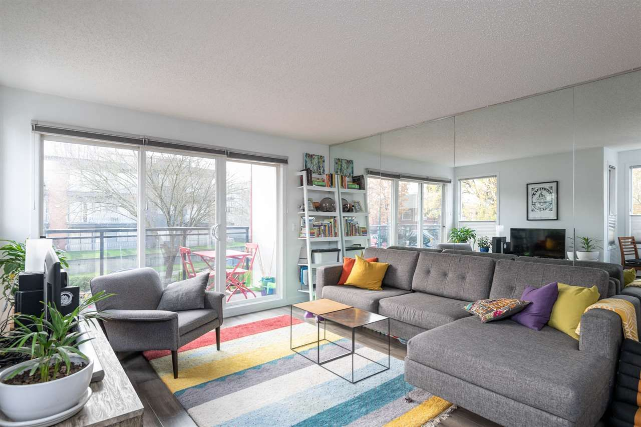 """Main Photo: 201 659 E 8 Avenue in Vancouver: Mount Pleasant VE Condo for sale in """"THE RIDGEMONT"""" (Vancouver East)  : MLS®# R2329365"""