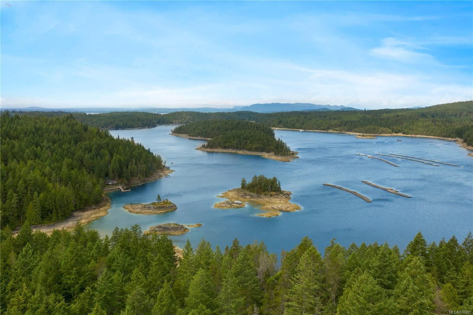 Photo 19: Photos: 979 Thunder Rd in : Isl Cortes Island House for sale (Islands)  : MLS®# 878691