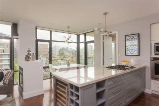"""Photo 6: 1502 1863 ALBERNI Street in Vancouver: West End VW Condo for sale in """"LUMIERE"""" (Vancouver West)  : MLS®# R2367109"""