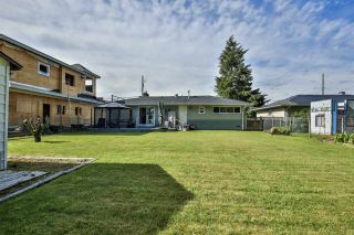 """Photo 15: 14510 106A Avenue in Surrey: Guildford House for sale in """"Hawthorn Park Area"""" (North Surrey)  : MLS®# R2460505"""
