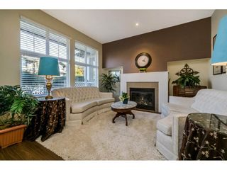 """Photo 3: 2 18199 70 Avenue in Surrey: Cloverdale BC Townhouse for sale in """"AUGUSTA"""" (Cloverdale)  : MLS®# R2216334"""