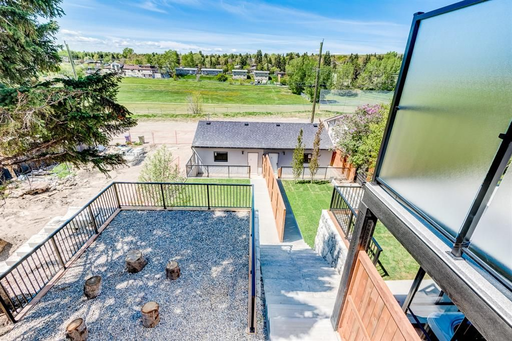 Photo 39: Photos: #1 4207 2 Street NW in Calgary: Highland Park Semi Detached for sale : MLS®# A1111957