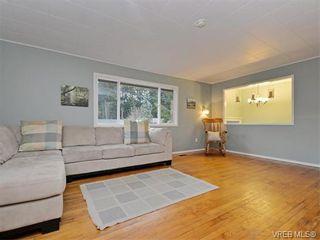 Photo 2: 985 Haslam Ave in VICTORIA: La Glen Lake House for sale (Langford)  : MLS®# 750878