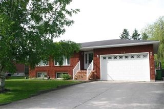Photo 1: 134 N Osprey Street in Southgate: Dundalk House (Bungalow) for sale : MLS®# X4442887