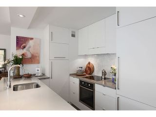 """Photo 5: 605 1445 MARPOLE Avenue in Vancouver: Fairview VW Condo for sale in """"HYCROFT TOWERS"""" (Vancouver West)  : MLS®# V968487"""