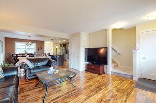 Photo 7: 120 Cy Becker BLVD in Edmonton: House Half Duplex for sale : MLS®# E4182256