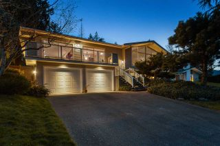 """Photo 2: 3048 ARMADA Street in Coquitlam: Ranch Park House for sale in """"RANCH PARK"""" : MLS®# R2567949"""