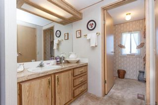 Photo 15: 5 1536 Middle Rd in View Royal: VR Glentana Manufactured Home for sale : MLS®# 775203