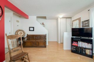 Photo 13: 332 Queenston Heights SE in Calgary: Queensland Row/Townhouse for sale : MLS®# A1114442