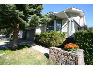 Photo 2: 139 SCENIC ACRES Drive NW in CALGARY: Scenic Acres Residential Detached Single Family for sale (Calgary)  : MLS®# C3492028