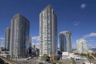 """Main Photo: 1610 688 ABBOTT Street in Vancouver: Downtown VW Condo for sale in """"FIRENZE 2"""" (Vancouver West)  : MLS®# R2500572"""