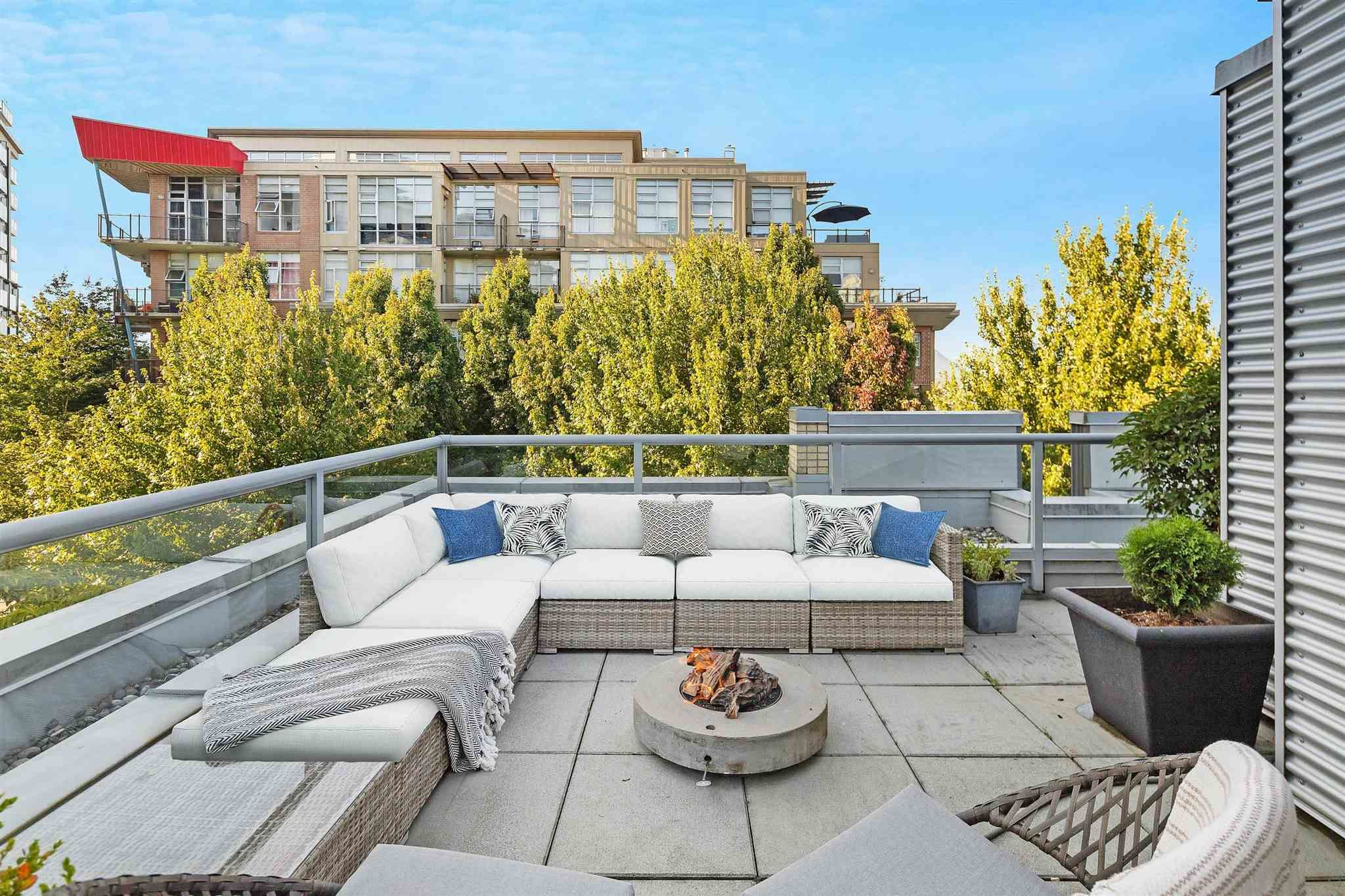 """Main Photo: 380 E 11TH Avenue in Vancouver: Mount Pleasant VE Townhouse for sale in """"UNO"""" (Vancouver East)  : MLS®# R2595479"""