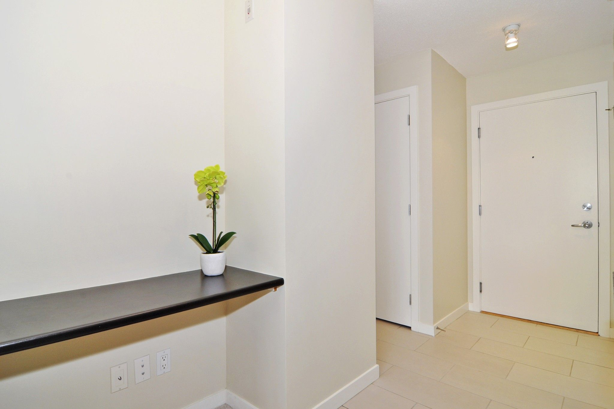 """Photo 8: Photos: 312 7138 COLLIER Street in Burnaby: Highgate Condo for sale in """"STANDFORD HOUSE"""" (Burnaby South)  : MLS®# R2224760"""