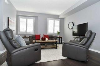 Photo 8: 300 Lakebreeze Drive in Clarington: Newcastle House (2-Storey) for sale : MLS®# E3650649
