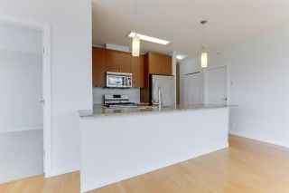 Photo 9: 1708 400 CAPILANO Road in Port Moody: Port Moody Centre Condo for sale : MLS®# R2591897