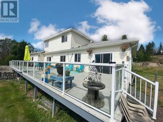 Photo 3: 3910 ABBEY FRONTAGE ROAD in Lac La Hache: House for sale : MLS®# R2610967