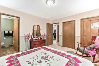 Photo 17: 16 WOODFIELD Court SW in Calgary: Woodbine Detached for sale : MLS®# C4266334