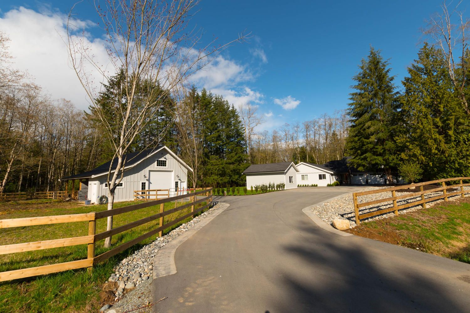 Main Photo: 24205 63 Avenue in Langley: Salmon River House for sale : MLS®# R2256479