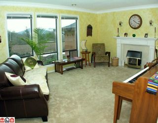 Photo 4: 3658 ARGYLL Street in Abbotsford: Central Abbotsford House for sale : MLS®# F1003909