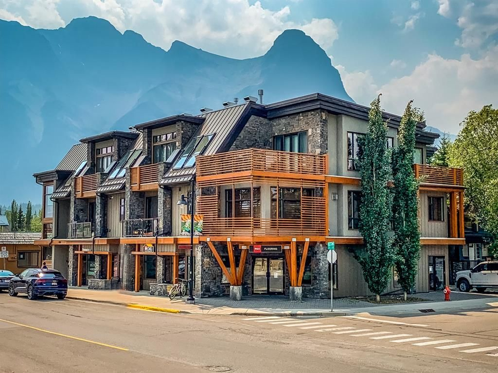Main Photo: 301 901 8 Avenue: Canmore Apartment for sale : MLS®# A1130751