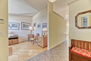 Photo 3: 7 Scotia Landing NW in Calgary: Scenic Acres Row/Townhouse for sale : MLS®# A1146386