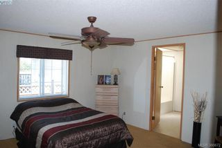 Photo 10: C 14 Chief Robert Sam Lane in VICTORIA: VR Glentana Manufactured Home for sale (View Royal)  : MLS®# 765309