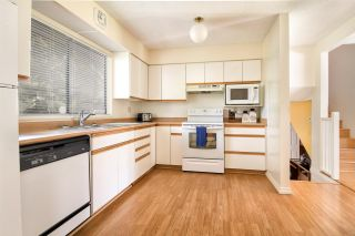 Photo 3: 3689 KENNEDY Street in Port Coquitlam: Glenwood PQ House for sale : MLS®# R2260406